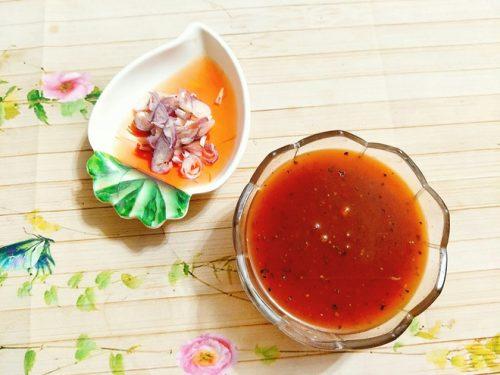 pha-nuoc-sot-suon-xao-chua-ngot-mien-bac